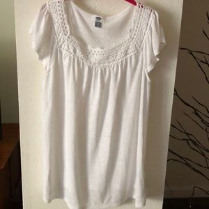 Old Navy White Crochet Neckline Top New Size XL